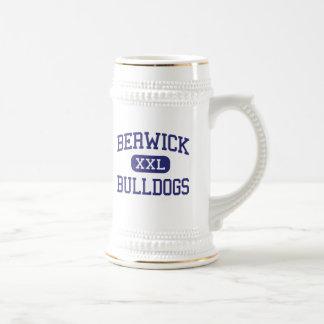 Berwick - dogos - área - Berwick Pennsylvania Jarra De Cerveza
