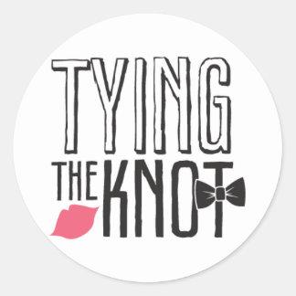 Besando la cabina - atando el nudo - círculo pegatina redonda