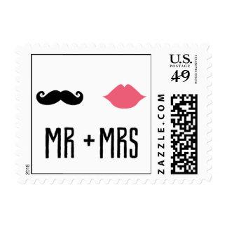 Besando la cabina - Sr. + Señora Timbres Postales