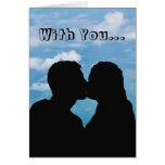 Besando la silueta de los pares - cielos azules tarjeta de felicitación