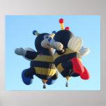Besar el poster de las abejas