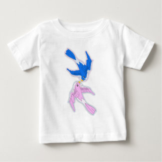 Besar la camiseta del bebé de los tragos playeras