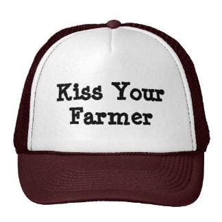 Bese a su granjero gorros