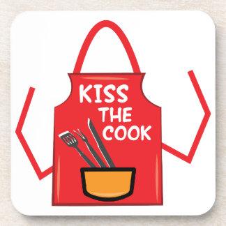 Bese al cocinero posavasos de bebida