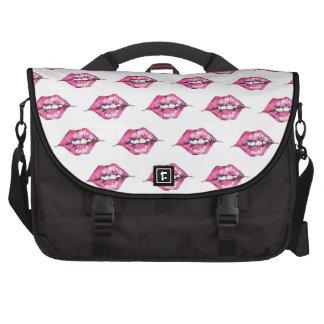 Bese los labios - rosa y blanco bolsas de portátil