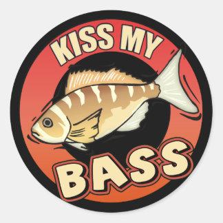 Bese mis regalos de las camisetas de la pesca de pegatinas redondas