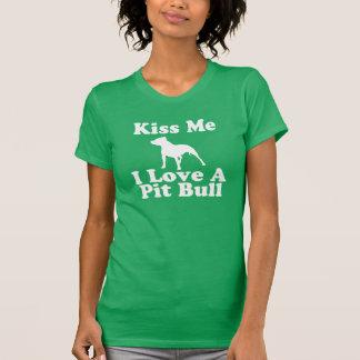 Béseme amor de I un pitbull - camiseta del AA para Playeras