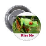 Béseme botón pins