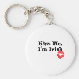 Béseme I' irlandés de m Llavero