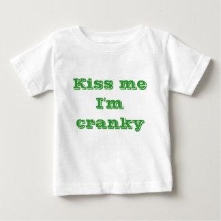 Béseme que estoy irritable t shirt