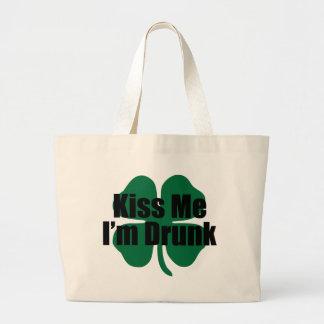 Béseme que me beben bolsa
