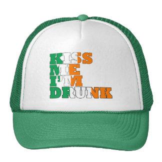 Béseme que me beben gorras