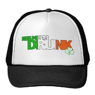 Béseme que me beben gorras de camionero