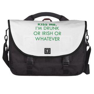 Béseme que me beben o irlandés o lo que bolsa para ordenador
