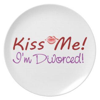 Béseme que me divorcio plato