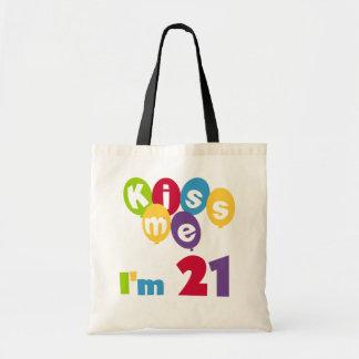 Béseme que soy 21 camisetas y regalos del cumpleañ bolsas