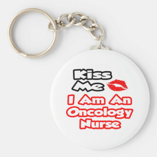Béseme… que soy enfermera de la oncología llavero redondo tipo pin