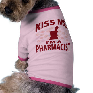 Béseme que soy farmacéutico camiseta de mascota