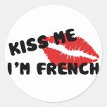 Béseme que soy francés etiquetas redondas