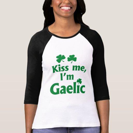 Béseme que soy gaélico playeras