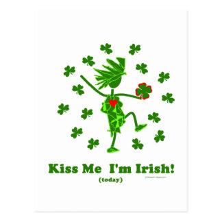 Béseme que soy (hoy) regalos y camisetas irlandese tarjetas postales