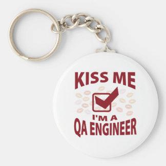Béseme que soy ingeniero del QA Llavero Redondo Tipo Pin