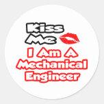 Béseme… que soy ingeniero industrial pegatina redonda