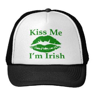 Béseme que soy irlandés gorros bordados