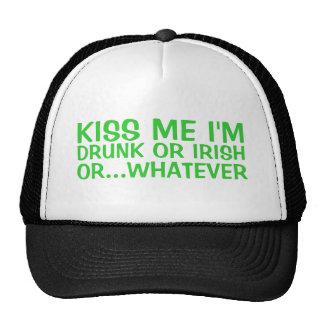 Béseme que soy irlandés o borracho o cualesquiera  gorros bordados