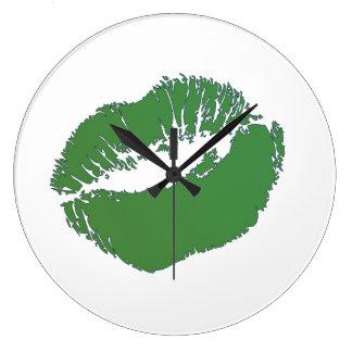Béseme que soy irlandés relojes de pared