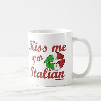 Béseme que soy italiano taza