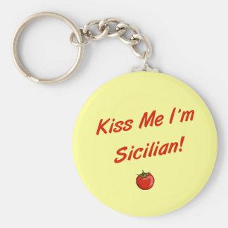 Béseme que soy siciliano llavero redondo tipo pin