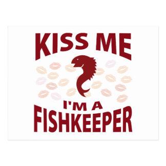 Béseme que soy un Fishkeeper Tarjetas Postales