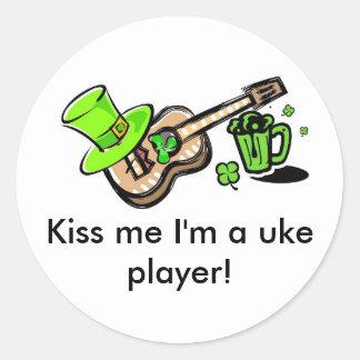 ¡Béseme que soy un jugador del uke! Pegatinas Redondas