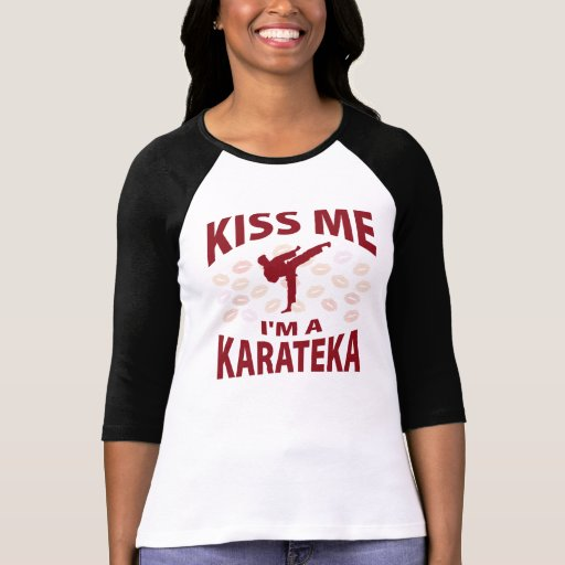 Béseme que soy un Karateka Camisetas