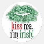 Béseme. Soy irlandés Etiquetas Redondas
