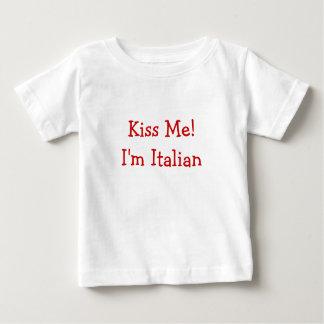 ¡Béseme! Soy italiano Playera