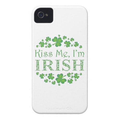 Béseme, yo son irlandés con los tréboles Case-Mate iPhone 4 coberturas