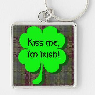 ¡Béseme, yo son irlandés! Llavero Cuadrado Plateado