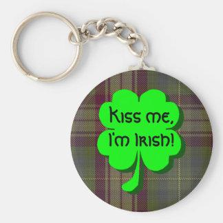 ¡Béseme, yo son irlandés! Llavero Redondo Tipo Pin