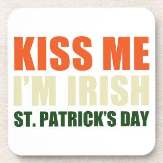 Béseme yo son irlandés posavasos
