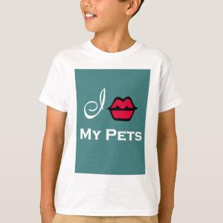 """""""Beso a mis mascotas para el rescate animal """" Playera"""