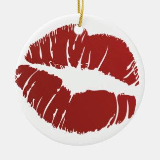 Beso candente adorno redondo de cerámica