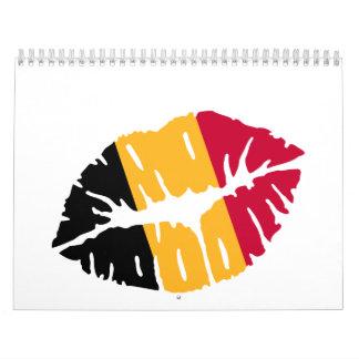 Beso de la bandera de Bélgica Calendarios De Pared