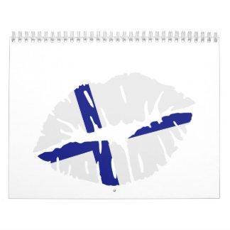 Beso de la bandera de Finlandia Calendario De Pared