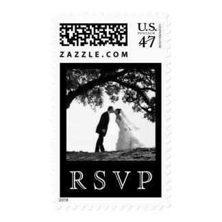 Beso de la novia bajo franqueo del roble - RSVP Sello Postal