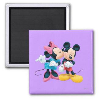 Beso de Mickey y de Minnie el | en mejilla Imán Cuadrado