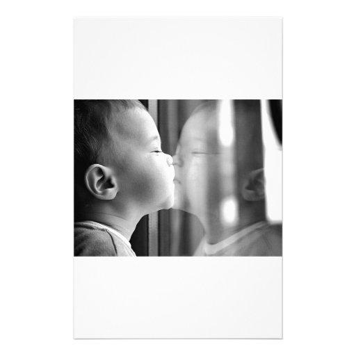 Beso del bebé papelería de diseño
