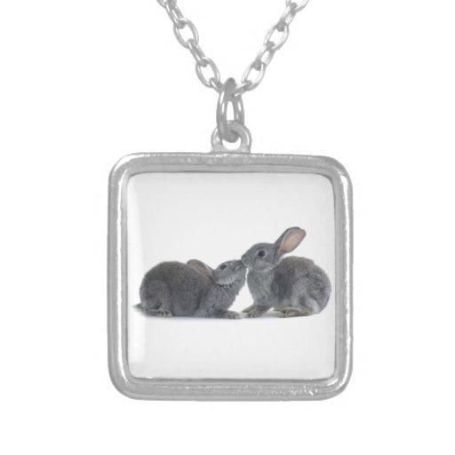 Beso del conejo joyerias personalizadas