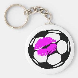 Beso del fútbol (rosa) llaveros